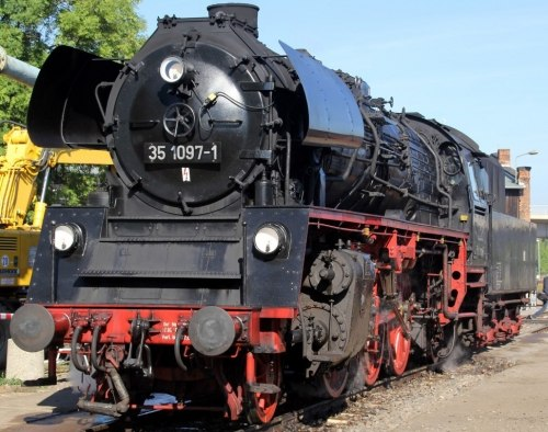 Немецкий паровоз BR 35.10 DR ROCO 62175