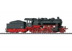 Немецкий паровоз BR 58 DR TRIX 22936