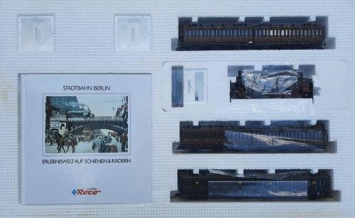 Состава прусского пассажирского поезда S-bahn Berlin ROCO 43026