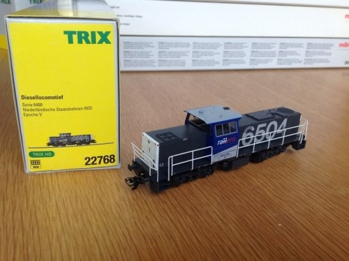 Голландский маневровый тепловоз MaK G1206 NS TRIX 22768